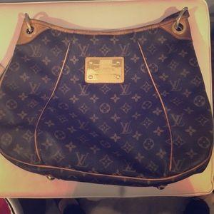 Louis Vuitton galleria pm with dust bag receipt